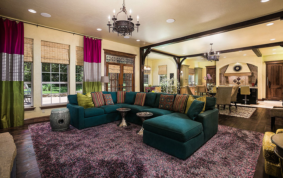 Choctaw living room.