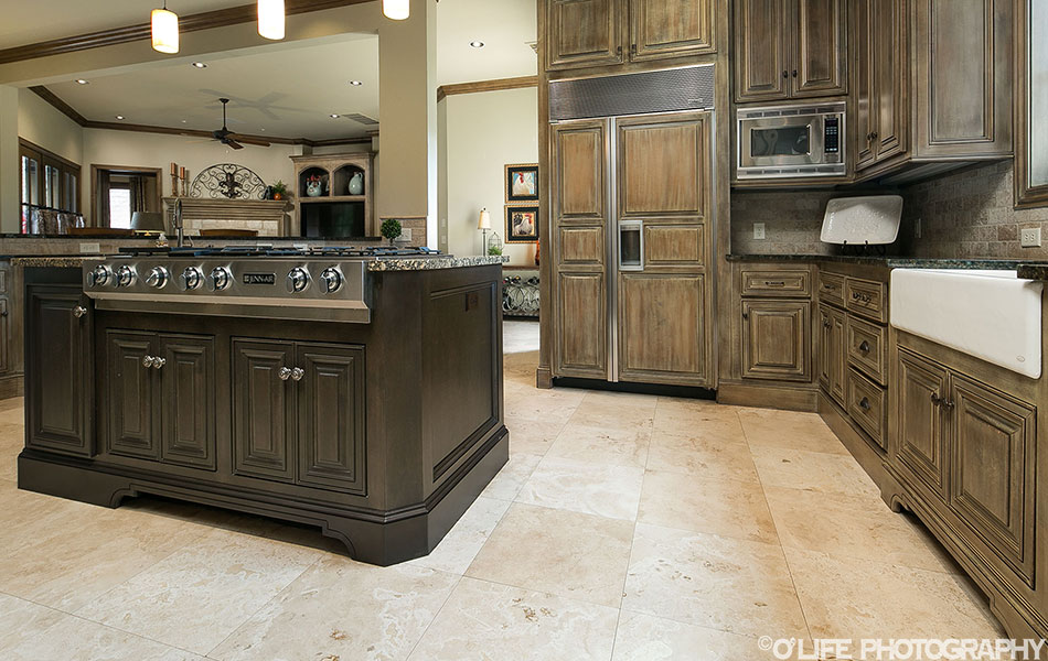 Real Estate Photography of Cabinets