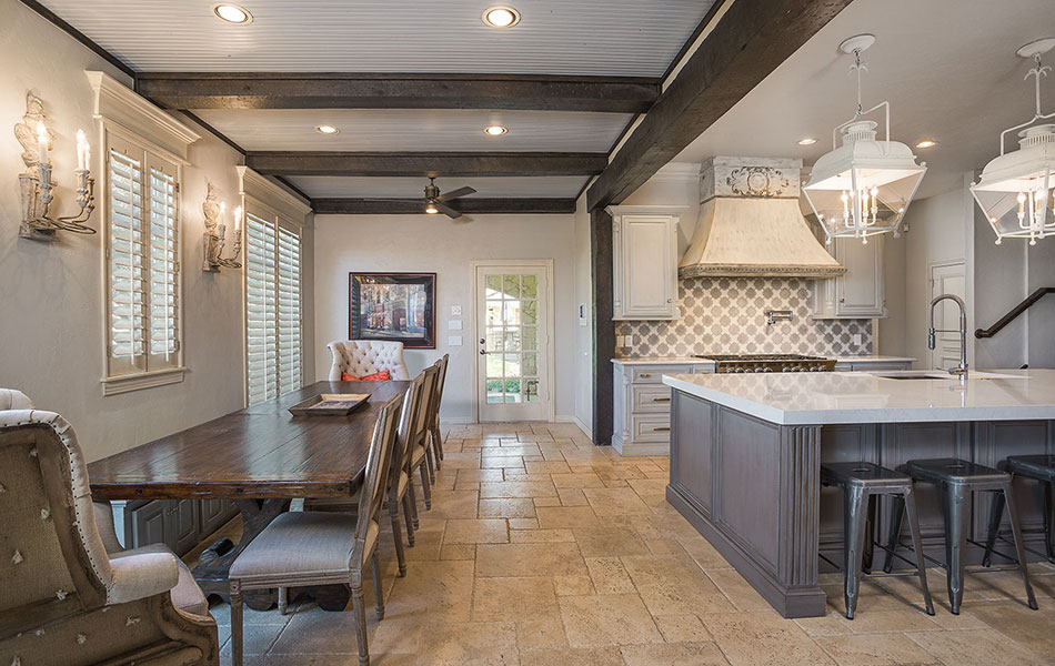 Oak Tree Dining and Kitchen