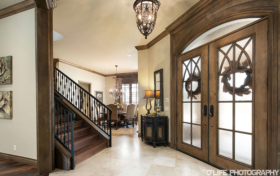 Edmond Home Entry To Dining