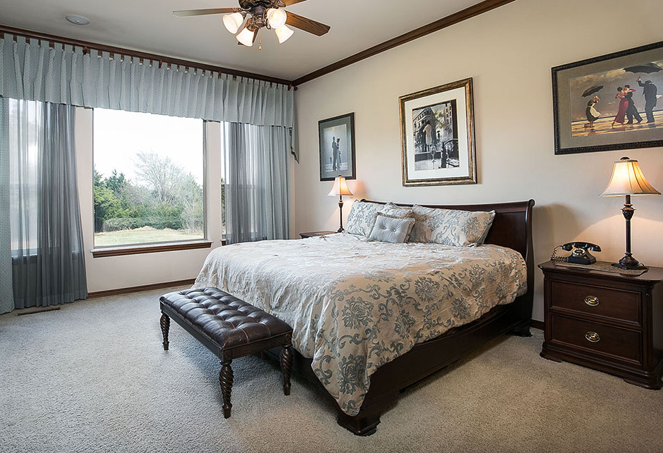 Edmond master bed in Shadow Lake addition.
